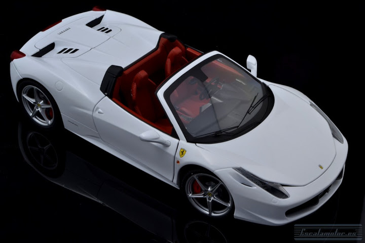 Ferrari 458 spider 1:18 HW Elite Part 1