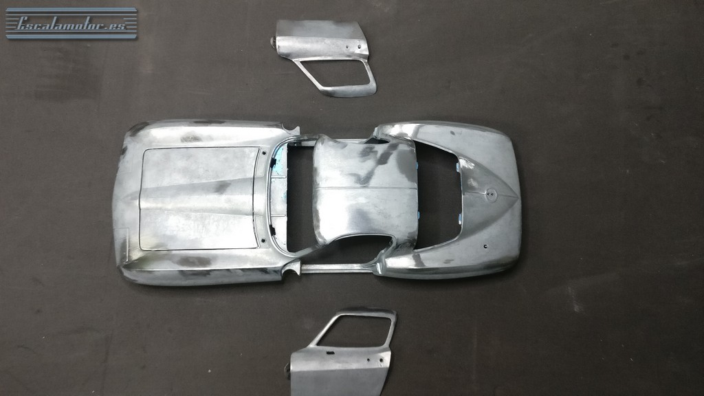 Proceso Restomod 1965 Chevrolet  Corvette C2 1:18