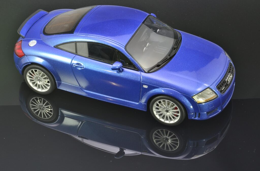 Modificación Audi TT 3.2 quattro DNA Collectibles 1:18